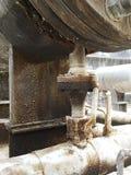 Le réservoir de la soute c de stockage à l'intérieur de la salle d'huile usagée, et ce réservoir étaient également passionnés par images stock