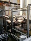 Le réservoir de la soute c de stockage à l'intérieur de la salle d'huile usagée, et ce réservoir étaient également passionnés par image stock