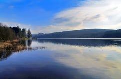 Le réservoir de Llyn On, Nant-ddu, Brecon balise le parc national Images libres de droits