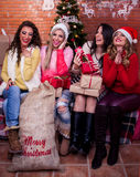 Le ragazze stanno divertendo Immagine Stock