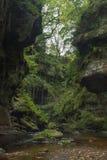 Le ravin de pupitre de diables en montagnes écossaises photographie stock libre de droits