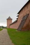 Le regard des murs et des tours du monastère de Spaso-yefimiev dans Suzdal Russie Photo libre de droits