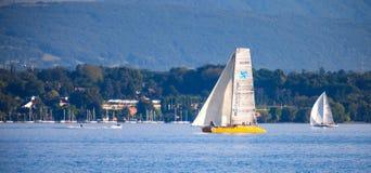 Le Regatta de bateau à voiles de d'Or de Rolex Bol, lac Genève image stock