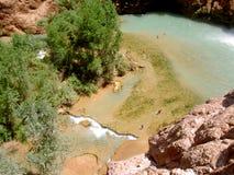 Le regroupement de la cascade à écriture ligne par ligne, Arizona image stock