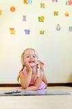 Le relevé de jardin d'enfants Photos stock
