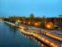 Le remblai de la rivière de Moscou Photographie stock