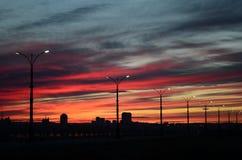 Le remblai sur le coucher du soleil Photo stock