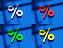 le rendu 3d d'un pourcentage signent dedans le métal sur un bl Image stock