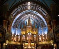 Le retable derrière l'autel dans le Notre Dame Cathedral Montrea photo libre de droits