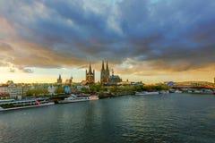 Le Rhin à Cologne Photo stock