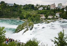 Le Rhin tombe dans Schaffhausen Image stock