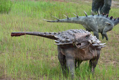 Le ricostruzioni una dei Ankylosaurs mesozoici Fotografia Stock