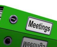 Le riunioni file per mostrare i minuti dell'azienda Immagini Stock