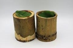 Le riz visqueux a rôti dans les joints en bambou Photos libres de droits