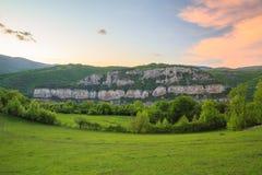 Le rocce di Lakatnik al tramonto, Bulgaria Fotografia Stock