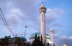 Le Roi Abdullah Mosque la nuit à Amman, Jordanie Images stock