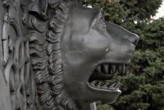 Le Roi Cannon de canon de tsar à Moscou Kremlin, tête de lion Photo libre de droits
