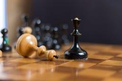 Le roi d'échecs est fait échec et mat image libre de droits
