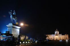 Le Roi Rama V de la Thaïlande au trône d'Ananta Samakhom Photos stock