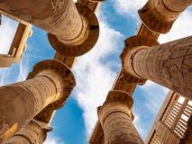 Le rovine antiche del tempio di Karnak nell'Egitto, Luxor fotografia stock libera da diritti