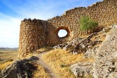 Le rovine del castello antico a Consuegra Fotografia Stock Libera da Diritti