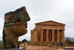 Le rovine del tempio di Concordia, Agrigento Immagini Stock Libere da Diritti