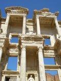 Le rovine della biblioteca in Efez in Turchia Fotografia Stock Libera da Diritti