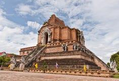 Le rovine di Chedi Luang Stupa Immagine Stock Libera da Diritti