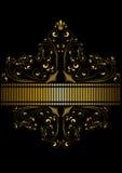 Le ruban d'or pointillé a encadré le modèle des boucles et des perles d'or avec une couronne Photo stock