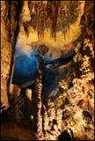 Le rubis tombe caverne Images libres de droits