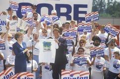 Le sénateur Al Gore visite 1992 sur de Clinton/Gore Buscapade campagne à Toledo, Ohio image stock