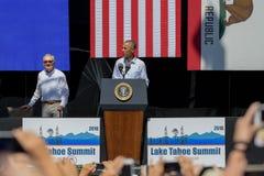 Le sénateur Harry Reid avec le 20ème le lac Tahoe sommet annuel 12 du Président Obama Image libre de droits