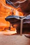 Le sable entre dans le canyon d'antilope photo stock