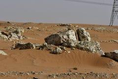 Le sable et les roches de désert, au coeur de l'Arabie Saoudite, des roches sont également vus Photos libres de droits