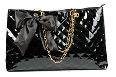 Le sac à main des femmes lustrées noires Photo libre de droits