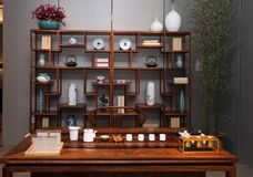 Le salon de thé des familles chinoises modernes photographie stock libre de droits