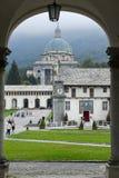 Le sanctuaire d'Oropa sur l'Italie, héritage de l'UNESCO Photo libre de droits