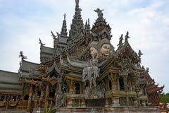Le sanctuaire en bois de la vérité Photographie stock