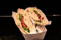 Le sandwich végétal à fromage emportent photographie stock libre de droits
