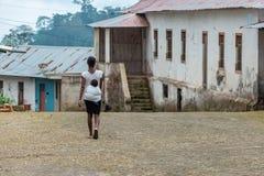 Le Sao-Tomé-et-Principe, femme photos stock