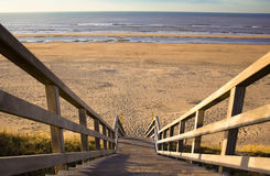 Le scale alla spiaggia Immagine Stock