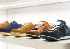 Le scarpe degli uomini Immagini Stock Libere da Diritti