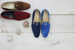 Le scarpe degli uomini di cuoio di estate Fotografia Stock Libera da Diritti