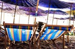 Le sedie di spiaggia Fotografie Stock Libere da Diritti