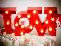 Le signe avec amour de lettres Photos stock