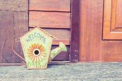 Le signe bienvenu fait à partir du fer ou du métal, il a formé la forme comme Gard Images stock