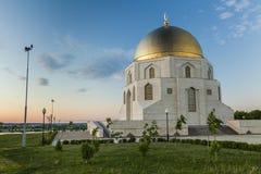 Le signe commémoratif l'adoption de l'Islam dans la ville antique Bolgar Kazan, Tatarstan, Russie photographie stock