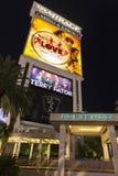 Le signe d'hôtel de mirage comportant l'exposition d'amour de Beatles dans Las Veg Images libres de droits