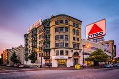 Le signe de Citgo à la place de Kenmore au coucher du soleil, à Boston, Massachus Photo stock