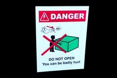 Le signe de danger, ne s'ouvrent pas Images stock